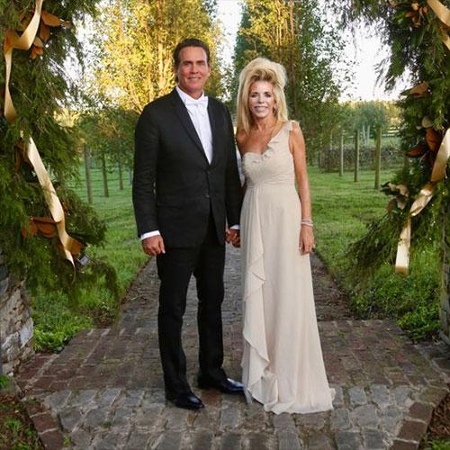 Joe and Gwen Lara standing