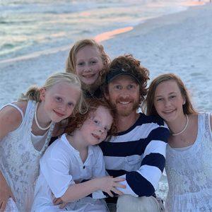 Brandon Hannah and children